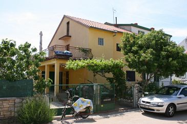 Property Biograd na Moru (Biograd) - Accommodation 6248 - Apartments and Rooms with pebble beach.