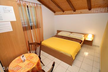 Room S-6260-c - Apartments and Rooms Vodice (Vodice) - 6260
