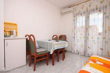Apartment A-6270-b - Apartments Biograd na Moru (Biograd) - 6270