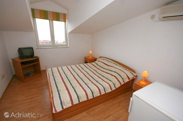 Room S-6309-a - Apartments and Rooms Mandre (Pag) - 6309