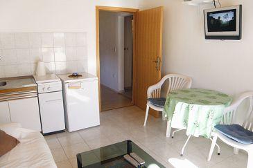 Mandre, Dining room u smještaju tipa apartment, dostupna klima i WIFI.