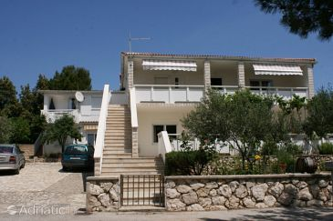 Property Mandre (Pag) - Accommodation 6310 - Apartments near sea.