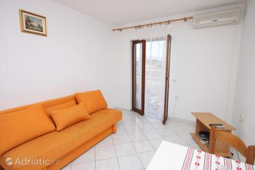 Apartment A-6353-b - Apartments Kustići (Pag) - 6353