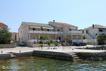 Property Kustići (Pag) - Accommodation 6354 - Apartments near sea.