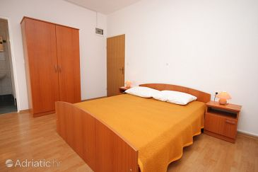Room S-6357-a - Apartments and Rooms Zubovići (Pag) - 6357