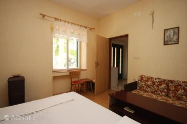 Apartment A-6366-b - Apartments Uvala Dražica (Pag) - 6366