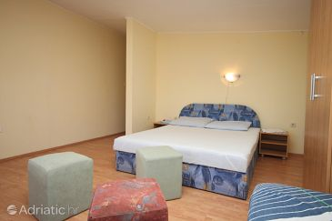 Room S-6369-a - Apartments and Rooms Metajna (Pag) - 6369