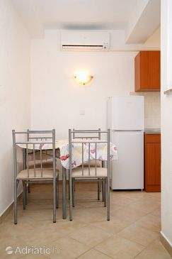 Apartment A-6376-j - Apartments Kustići (Pag) - 6376