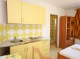 Kitchen - Studio flat AS-6384-a - Apartments Pag (Pag) - 6384