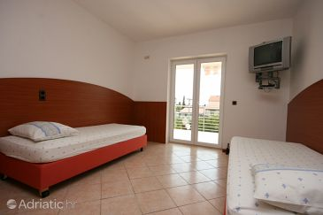 Apartment A-6398-a - Apartments Novalja (Pag) - 6398