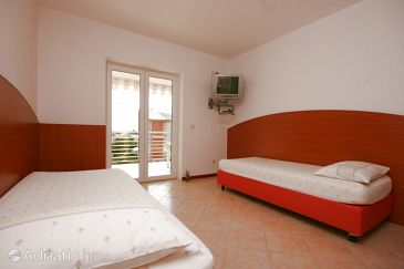 Apartment A-6398-b - Apartments Novalja (Pag) - 6398