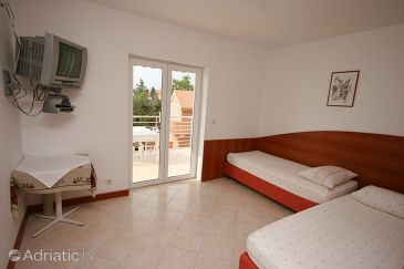 Apartment A-6398-e - Apartments Novalja (Pag) - 6398