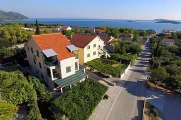 Property Orebić (Pelješac) - Accommodation 640 - Apartments with pebble beach.