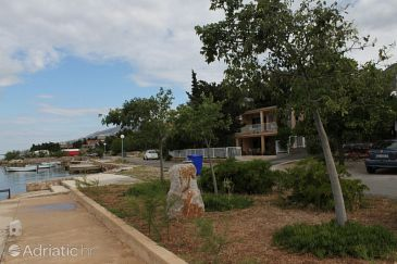 Property Starigrad (Paklenica) - Accommodation 6403 - Apartments near sea.