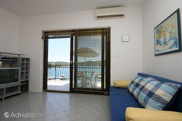 Apartment A-6429-a - Apartments Pirovac (Šibenik) - 6429