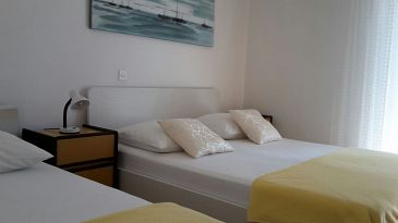 Room S-6440-a - Apartments and Rooms Seline (Paklenica) - 6440