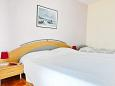 Bedroom - Apartment A-6447-a - Apartments and Rooms Pirovac (Šibenik) - 6447