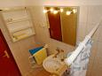 Bathroom - Apartment A-6447-c - Apartments and Rooms Pirovac (Šibenik) - 6447
