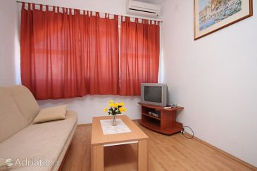 Apartment A-6452-b - Apartments Vodice (Vodice) - 6452