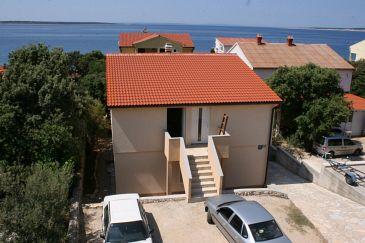 Obiekt Mandre (Pag) - Zakwaterowanie 6516 - Apartamenty blisko morza ze żwirową plażą.