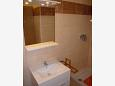 Bathroom 1 - Apartment A-6518-d - Apartments Mandre (Pag) - 6518