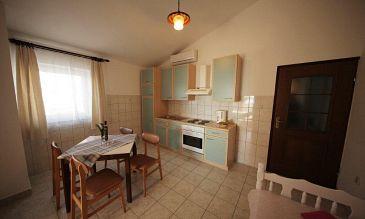 Seline, Dining room u smještaju tipa apartment, dostupna klima i WIFI.