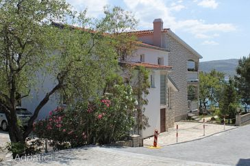 Property Seline (Paklenica) - Accommodation 6531 - Apartments near sea.