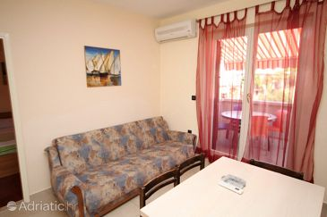 Apartment A-6532-b - Apartments Povljana (Pag) - 6532