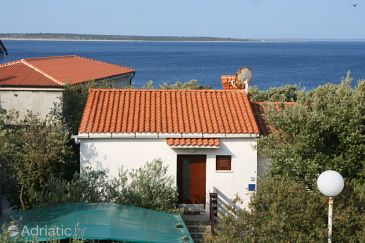 Property Mandre (Pag) - Accommodation 6545 - Apartments near sea with pebble beach.