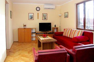 Apartment A-6569-a - Apartments Maslenica (Novigrad) - 6569