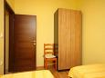 Bedroom 2 - Apartment A-6571-b - Apartments Maslenica (Novigrad) - 6571