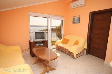 Apartment A-6571-c - Apartments Maslenica (Novigrad) - 6571