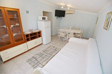 Apartment A-6572-a - Apartments Maslenica (Novigrad) - 6572