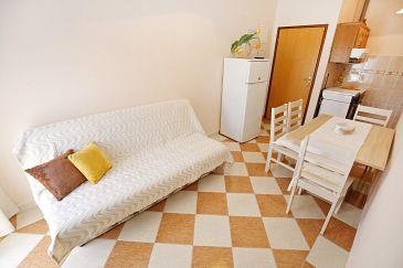 Apartment A-6572-b - Apartments Maslenica (Novigrad) - 6572