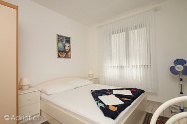 Room S-6591-a - Apartments and Rooms Starigrad (Paklenica) - 6591