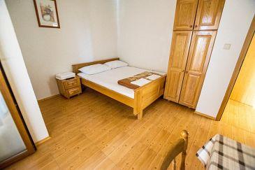 Apartment A-6595-c - Apartments Starigrad (Paklenica) - 6595