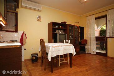 Apartment A-6602-c - Apartments Maslenica (Novigrad) - 6602