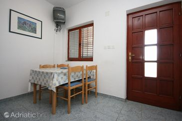 Apartment A-6606-b - Apartments and Rooms Starigrad (Paklenica) - 6606