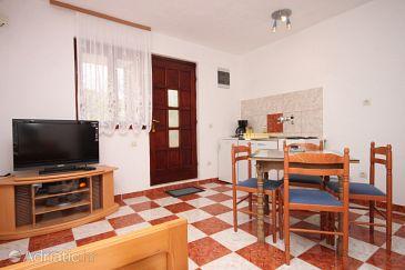 Apartment A-6618-a - Apartments Starigrad (Paklenica) - 6618