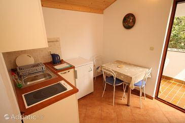Apartment A-6627-c - Apartments and Rooms Starigrad (Paklenica) - 6627