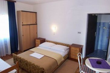 Room S-6627-b - Apartments and Rooms Starigrad (Paklenica) - 6627