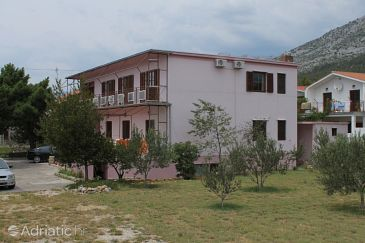 Property Starigrad (Paklenica) - Accommodation 6630 - Apartments and Rooms near sea with pebble beach.