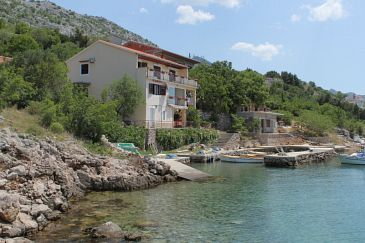 Property Lađin Porat (Paklenica) - Accommodation 6631 - Apartments near sea.