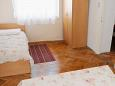 Bedroom 1 - House K-6633 - Vacation Rentals Starigrad (Paklenica) - 6633