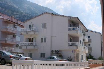 Makarska, Makarska, Property 6640 - Apartments with pebble beach.