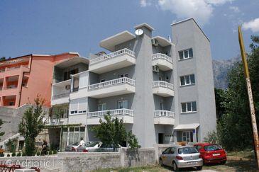 Property Makarska (Makarska) - Accommodation 6641 - Apartments with pebble beach.