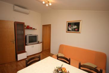 Apartment A-6642-a - Apartments Makarska (Makarska) - 6642