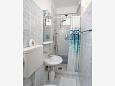 Bathroom - Studio flat AS-6643-a - Apartments and Rooms Makarska (Makarska) - 6643
