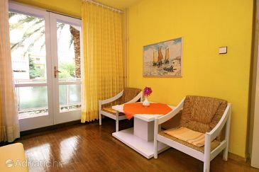 Room S-6644-c - Apartments and Rooms Makarska (Makarska) - 6644