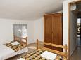 Bedroom 2 - Apartment A-6647-b - Apartments Starigrad (Paklenica) - 6647
